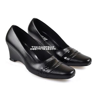 Sepatu Pantofel Wanita Formal