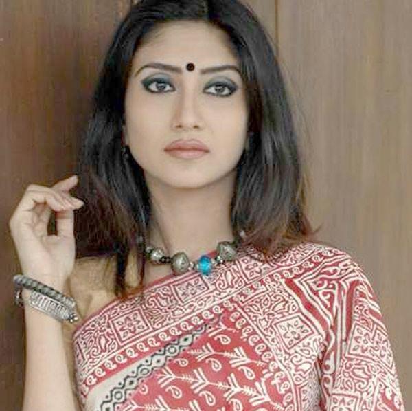 Debolina Dutta Wiki | Height | Weight | Age | Husband