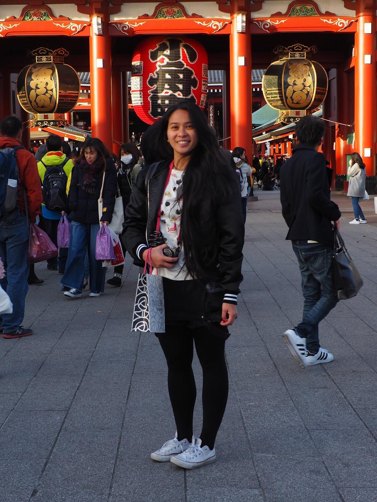 sensoji buddhist temple outfit fashion japan tokyo