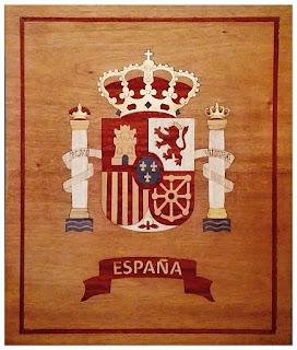 Escudo de España en marquetería