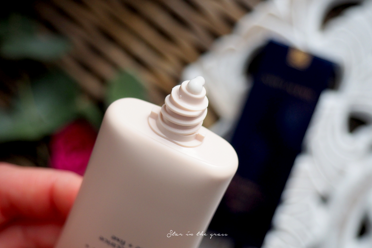 base perfectrice The Mattifer Estée Lauder