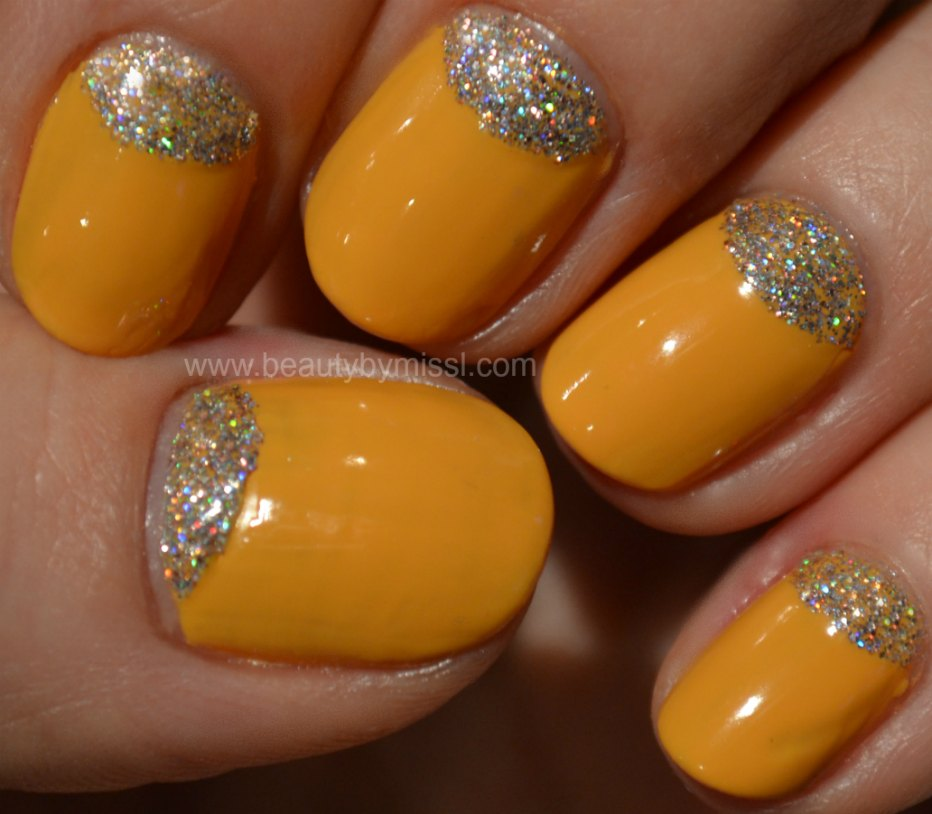 yellow glitter nails, nail art for nubbins