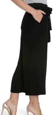 Cullotte  yaitu celana rok dengan bentuk agak melebar ke bawah