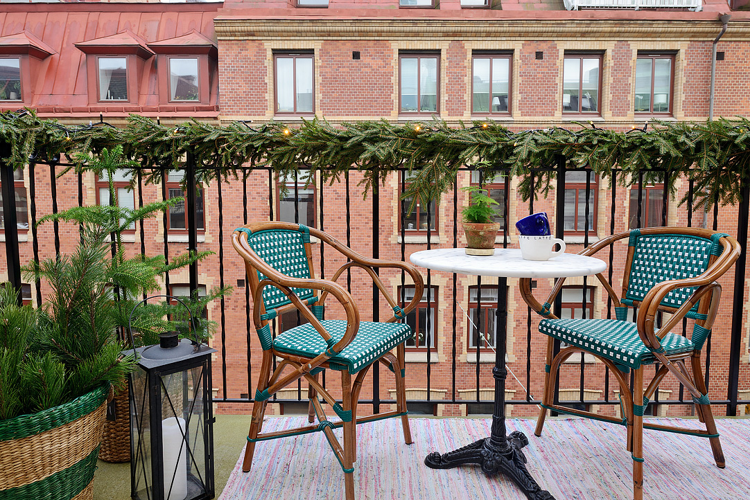 jak urządzić mały balkon?