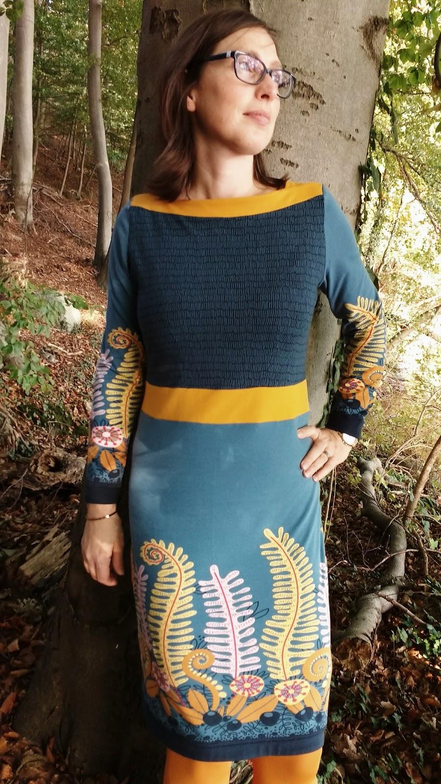 Lieblings ich brauch stoff !!!: Frau Marlene wird Farnkleid #KJ_73