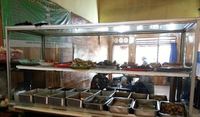 Pecel AE, pecel madiun, warung pecel di malang, pecel enak, kuliner murah di malang