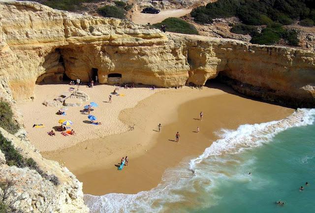 Praia do Benagil – Portugal