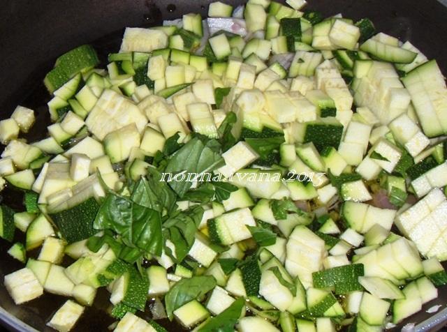 Cucinario di nonna ivana torta salata di zucchine si mangia come stuzzichino anche a merenda - Si mette in tavola si taglia ma non si mangia ...