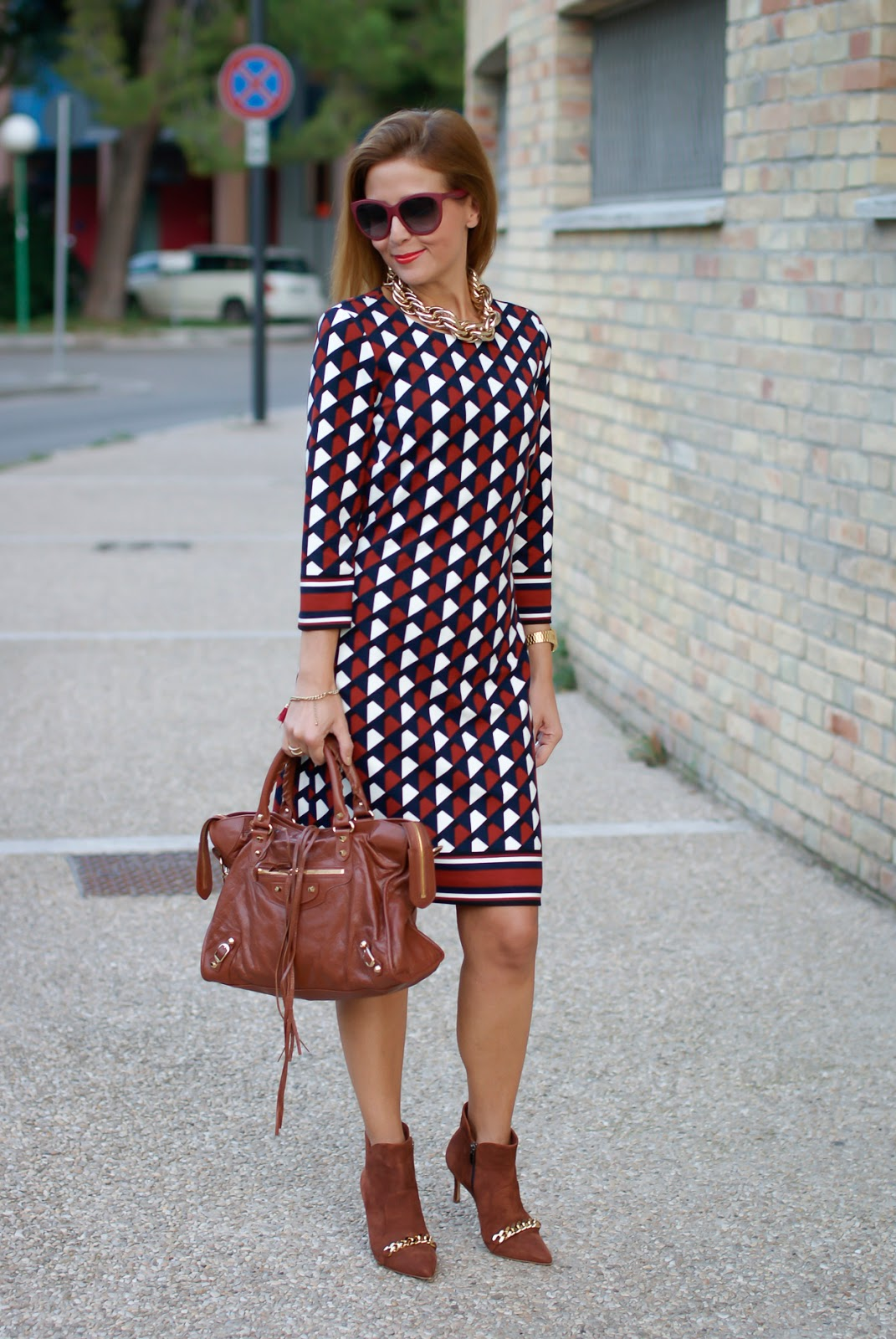 1.2.3 Paris Fall/Winter geometric print dress, how to wear retro print on Fashion and Cookies fashion blog, fashion blogger style