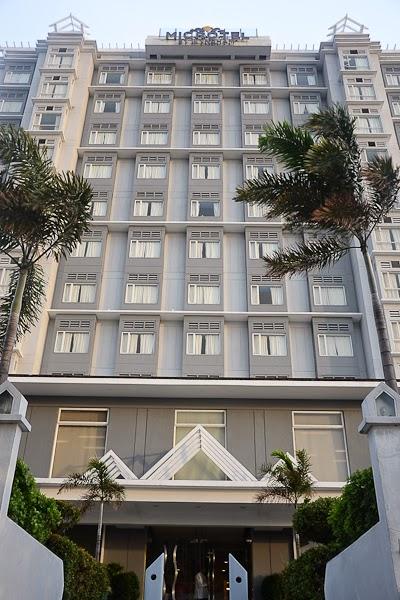 Hotels Near Moa Arena