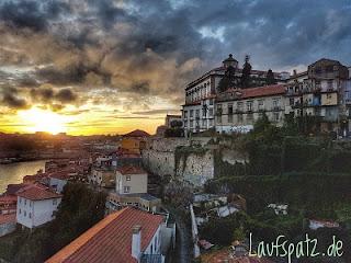 Porto Marathon 2017  maratona do porto Blick auf die Stadt