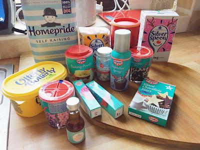 Blogmas Day 21: Snowflake Cupcakes