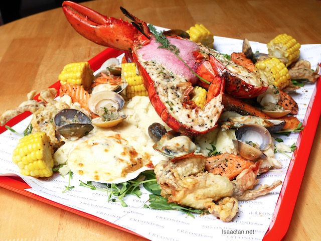 Lover Seafood Factory with Live Canadian Lobster