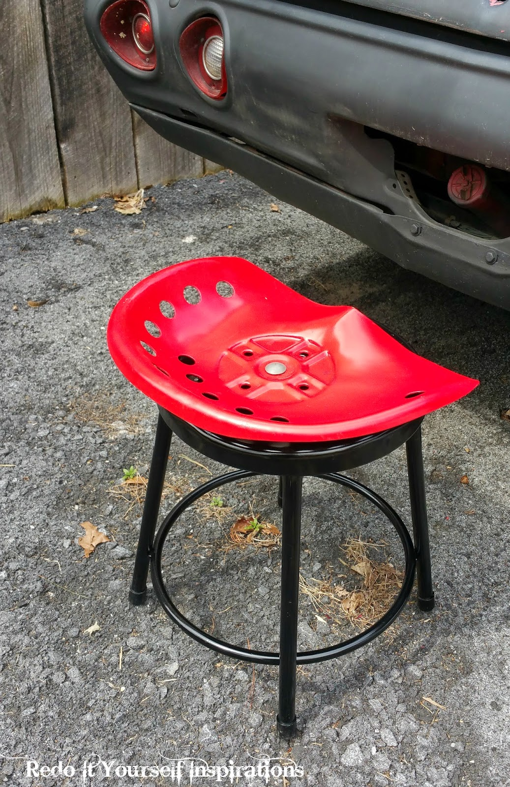 Tractor Seat Chair Tractor Seat Stool Redo It Yourself Inspirations