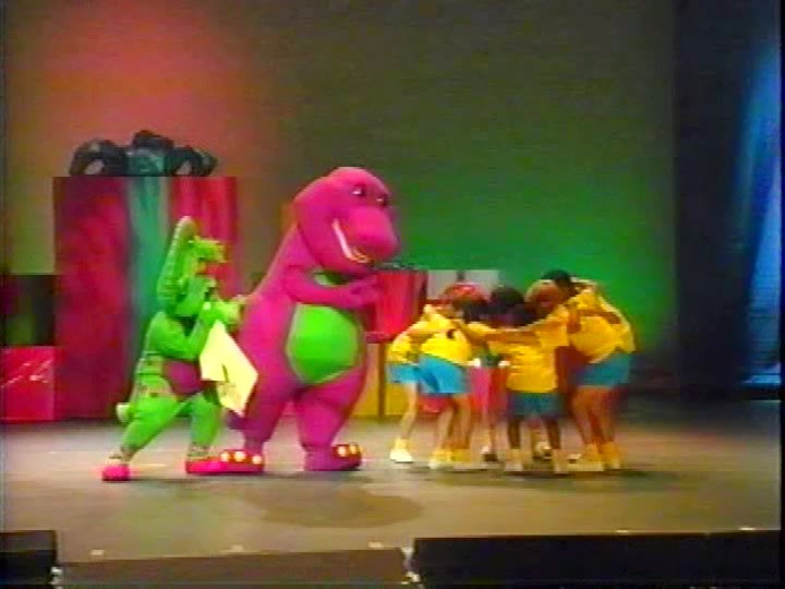 """Whatsoever Critic: """"Barney In Concert"""" Video Review"""