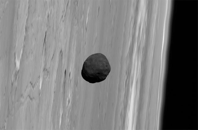 Phobos, lua de Marte - anéis em Marte