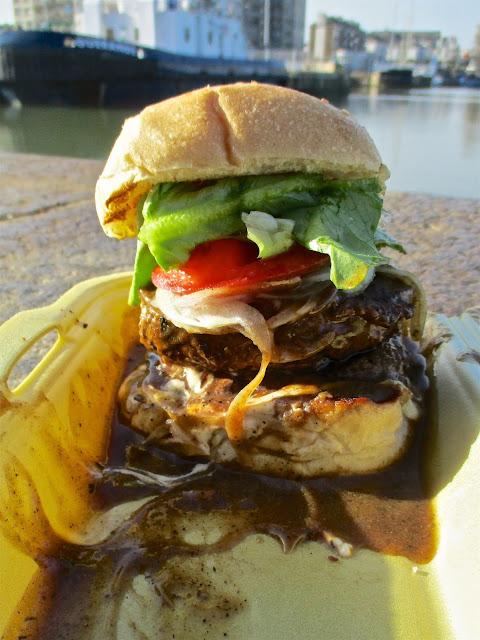 Burger House, Restaurant Saint-Nazaire, Burger, Hamburger, Sandwich, Bœuf, Beef, Déjeuner, Burger au poivre, pepper burger, american diner