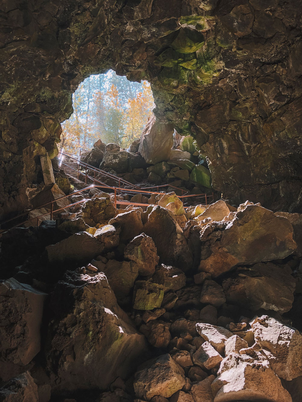 lava river cave, oregon