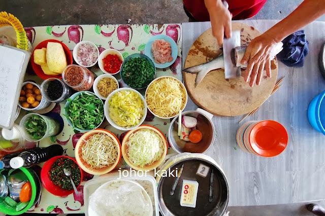 You Buy, Ah Huat Cook For You @ Pontian Fish Market 亚发代炒