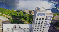 The Oakes Hotel Overlooking the Falls canada