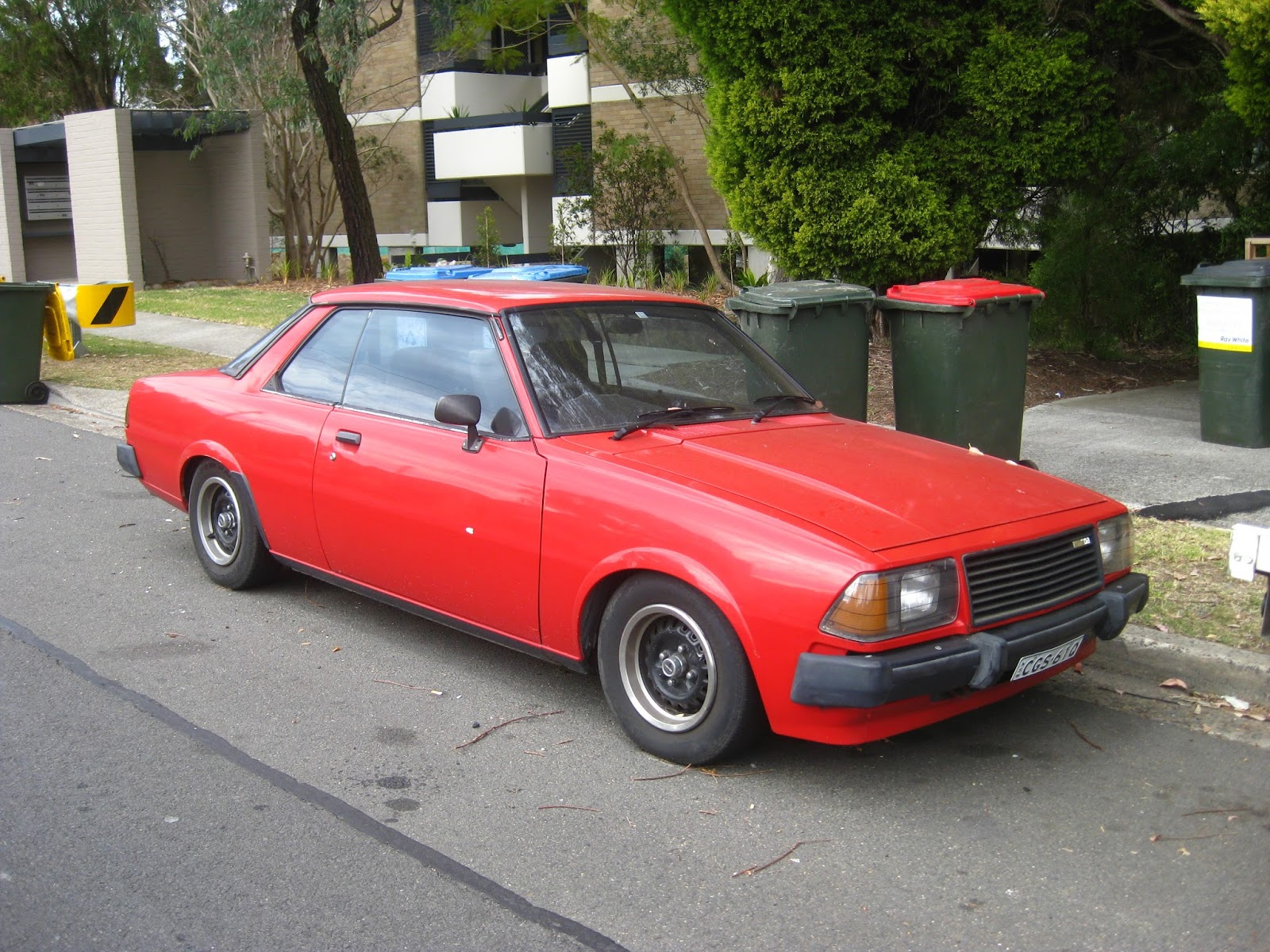 Aussie Old Parked Cars: 1979 Mazda 626 Coupe