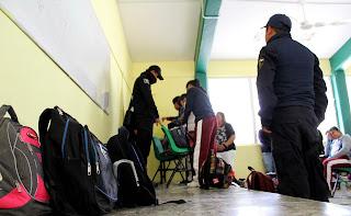 Padres de familia revisaron un total de 984 mochilas en Suchiapa