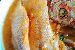 Ikan Kuah Kuning Khas Maluku Utara
