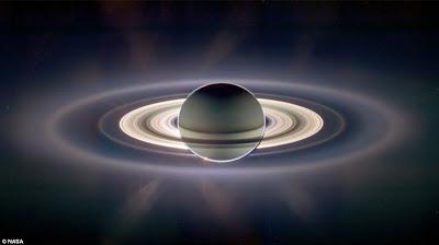 பொது அறிவு - அறிவியல் விளக்கம் (தொடர்) Saturn+cassini+nasa