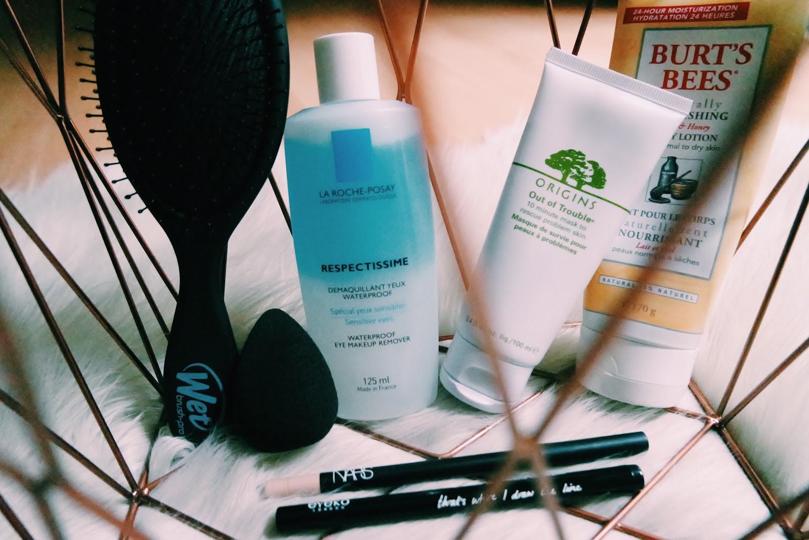 wet brush, burt`s bees, la roche posay, origins, beauty blender, nars, eyeko