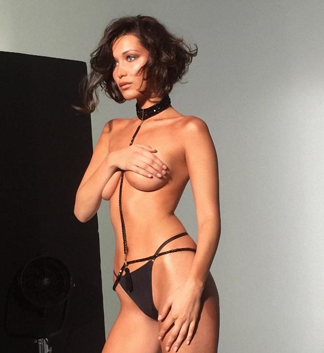 Bella Hadid en topless