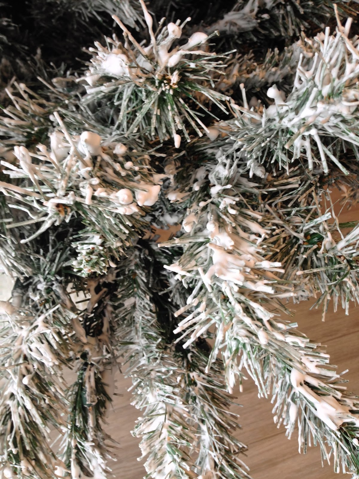 Adventures in DIY Flocking an Artificial Christmas Tree