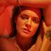 Tove Lo divulga detalhes do novo álbum, 'Blue Lips'