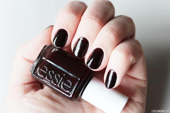 NOTD // Essie Wicked - CassandraMyee