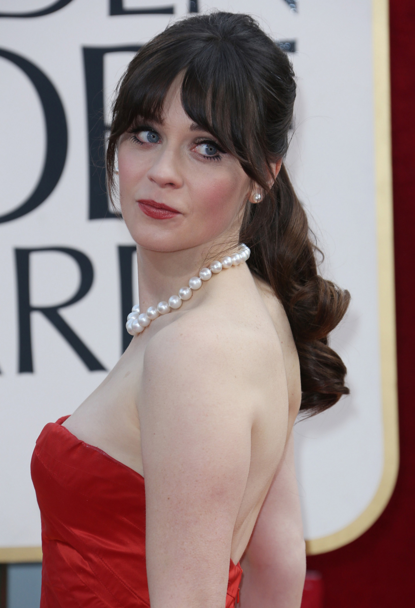 Zooey Deschanel nude 986