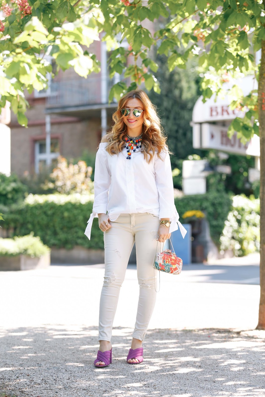 Pinke.-Mules-mules-wie-von-gucci-beige-jeans-bloggerstyle-deutsche-fashionblogger