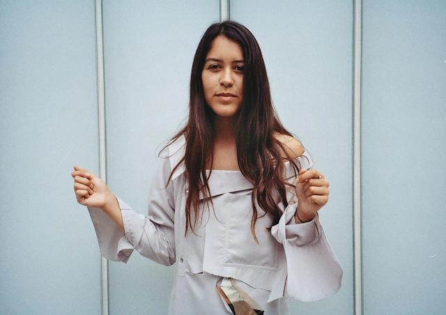 LEILA GHERABLI: Sara Torres, visibilizar la fuerza de la mujer y el amor lésbico en la poesía