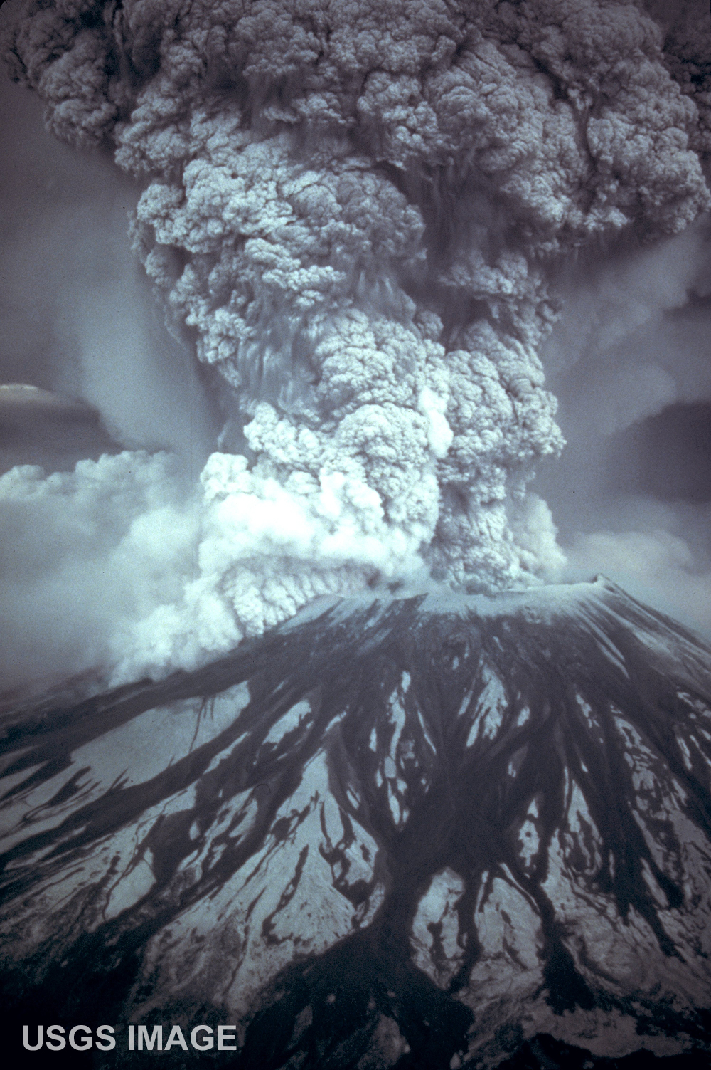 Mount St. Helens eruption.