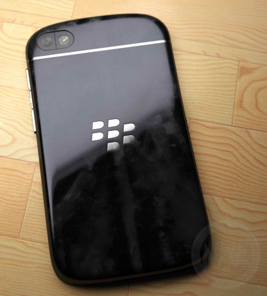 blackberry q10, bb10 smartphones
