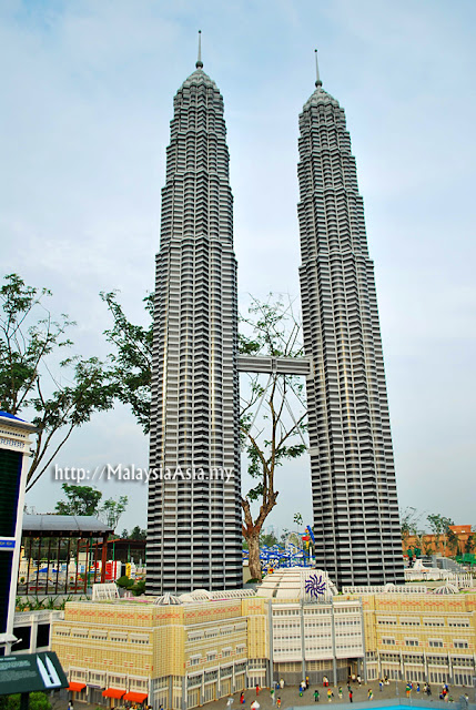 Petronas Twin Towers Lego
