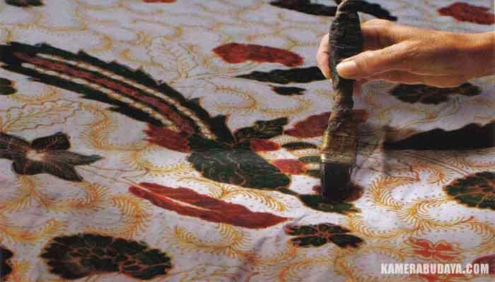 Cara Membuat Batik Lengkap Gambar dan Penjelasannya