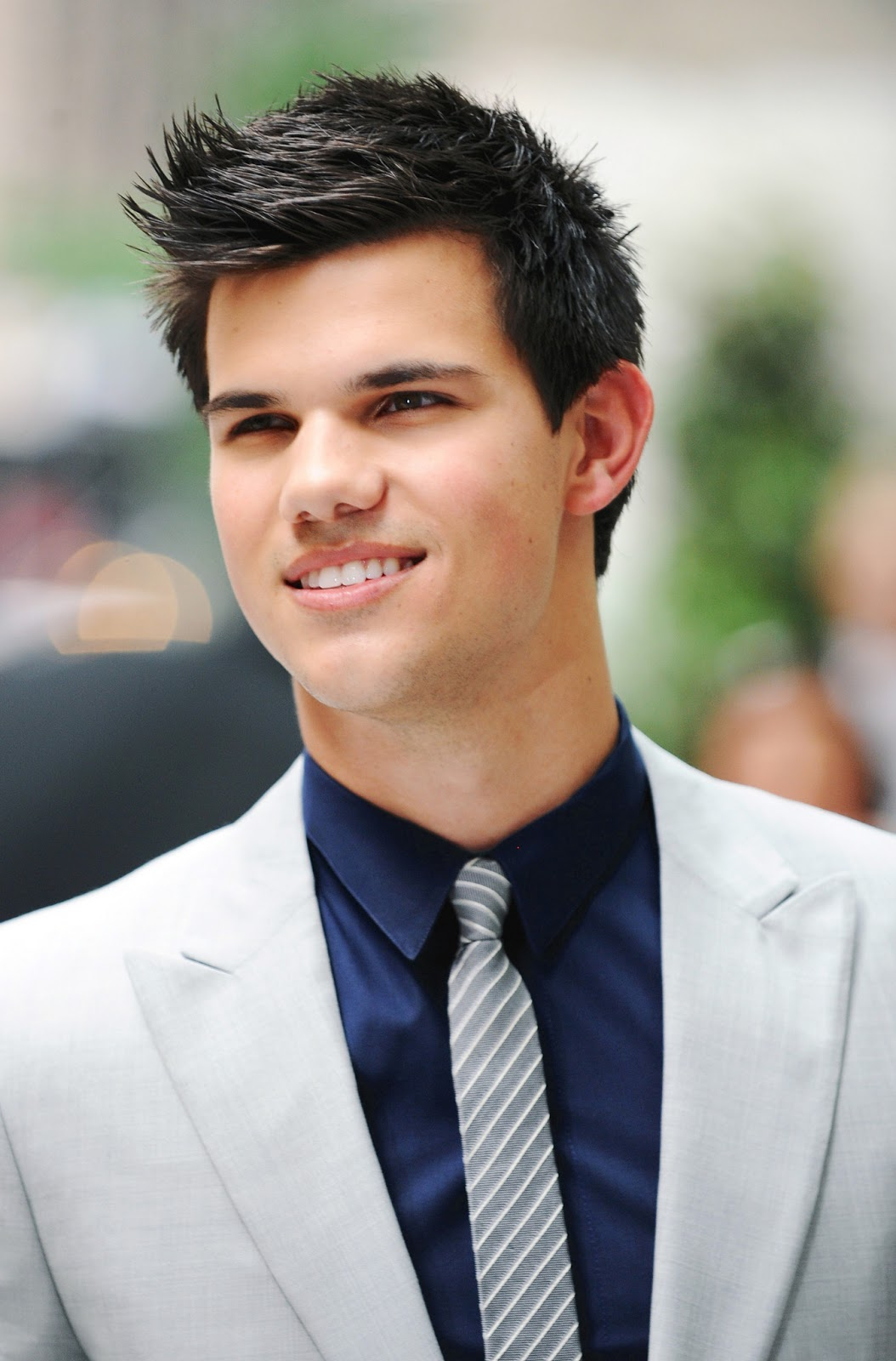 syntaxis: Taylor Lautner