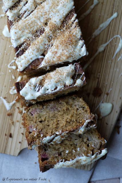 Experimente aus meiner Küche: Rhabarber-Kokos-Kuchen