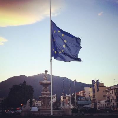 Última hora. Atentados en Bruselas: Europa atacada. No al terro
