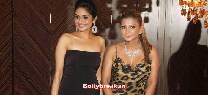 Madhoo Shah, Ramona Narang, Hello Awards 2013 Pics