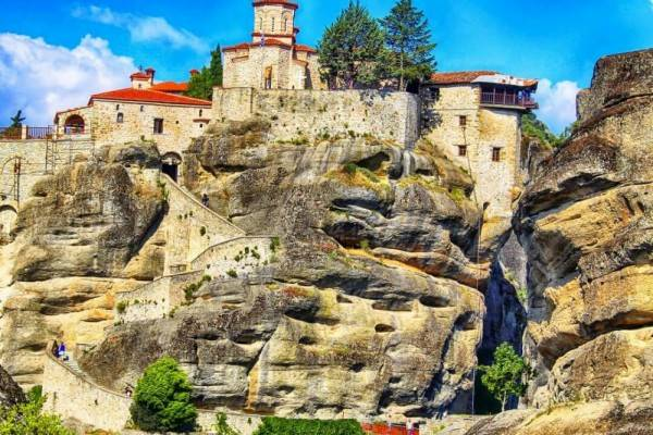 Selain Athena, Ini 5 Kota yang Wajib Dikunjungi Saat Liburan ke Yunan