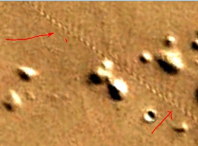 More tracks are spotted on Mars.