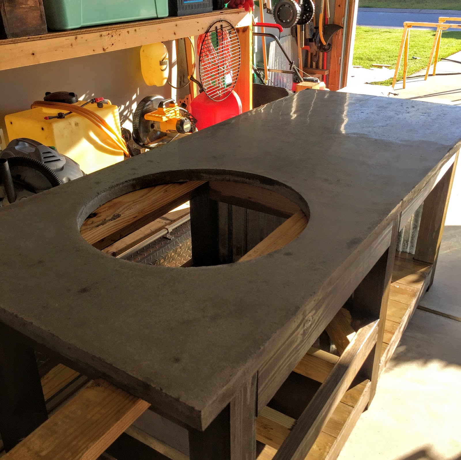 Ordinaire DIY Big Green Egg Table With Concrete Top And Barn Door | The Lowcountry  Lady. MATERIALS U0026 TOOLS: