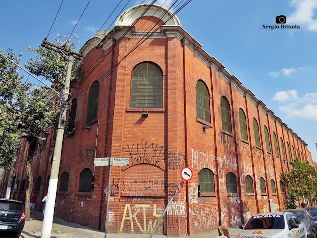 Vista ampla da fachada da Fiação e Tecelagem Mariângela - Brás - São Paulo