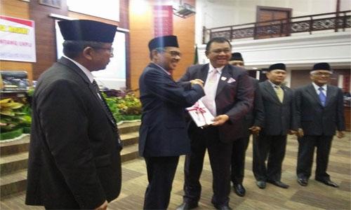 DPRD Sumbar Rekomendasi Terhadap LKPJ Kepala Daerah Tahun 2018