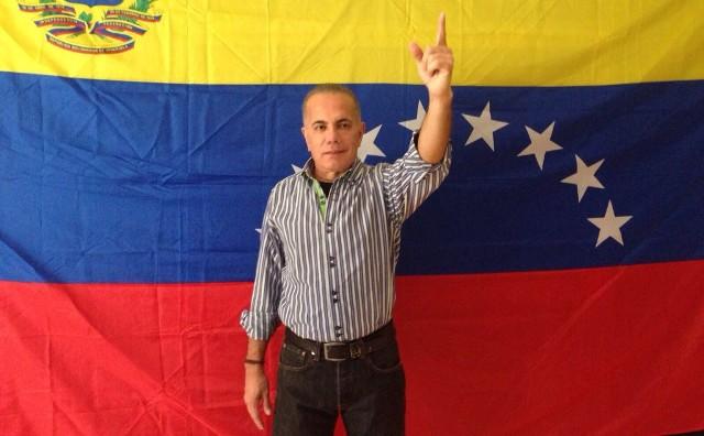 Caiga quien Caiga: ¿Será Manuel Rosales el Nazareno que espera el Zulia?
